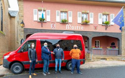 Een neie Minibus fir de Schoultransport